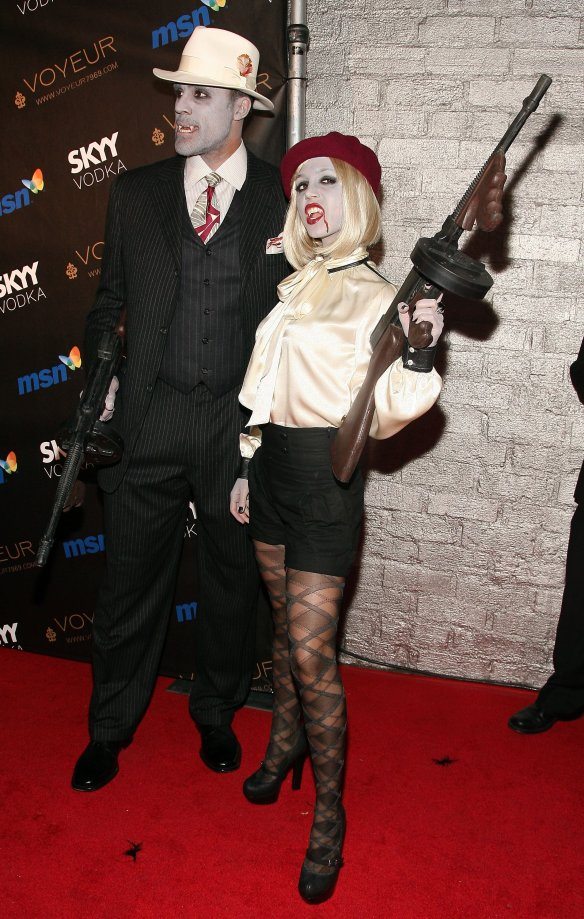 eliza-dushku-as-vampire-at-heidi-klums-10th-annual-halloween-party-in-los-angeles