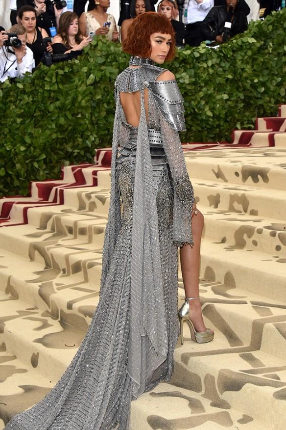 Зендая Versace.jpg